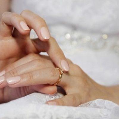 unghie-chic-per-il-matrimonio-ecco-le-tendenze_6001b033